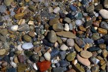 Quim Gil: Pebbles in Rethymno's beach